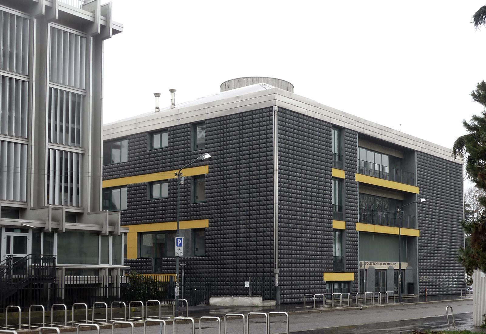 Edificio 25 Politecnico di Milano - Vista da via U. B. Secondo