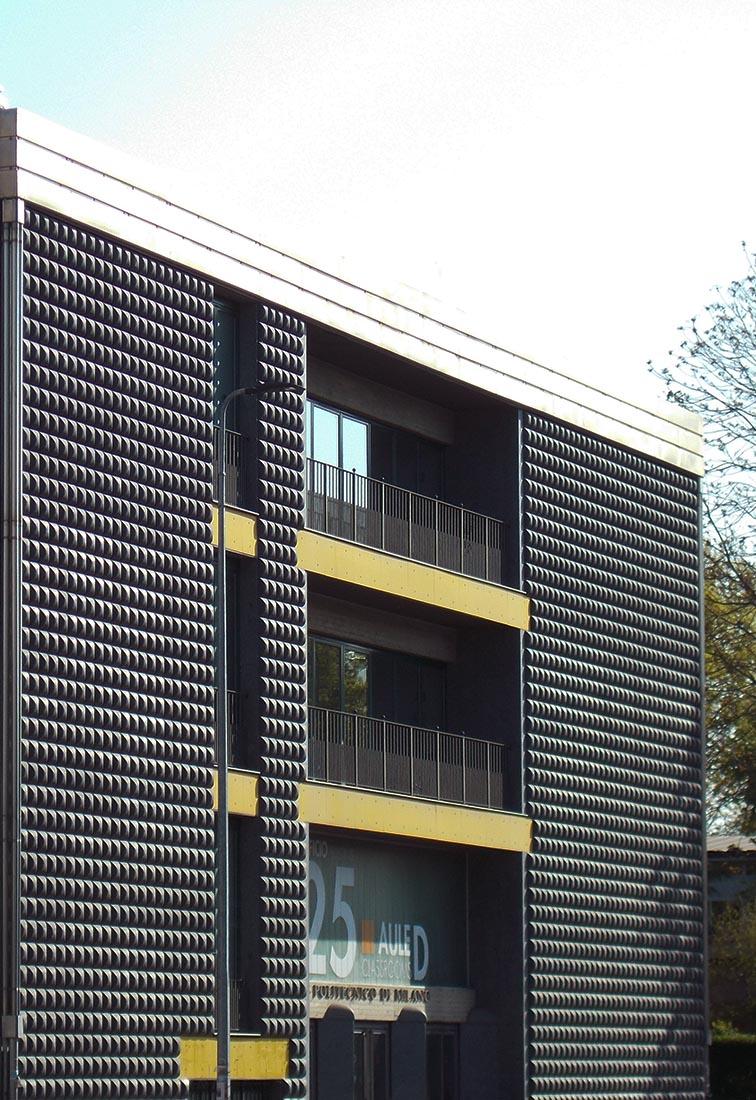 Edificio 25 Politecnico di Milano - Il fronte sud
