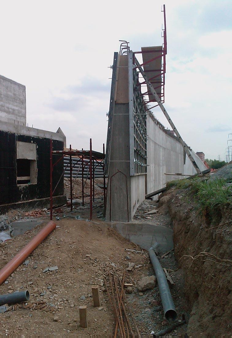 Urbanizzazioni Adriano - Muri di sostegno