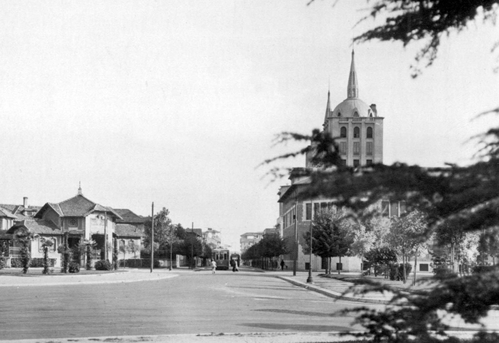 Politecnico Fotonica - L'edificio negli anni 30