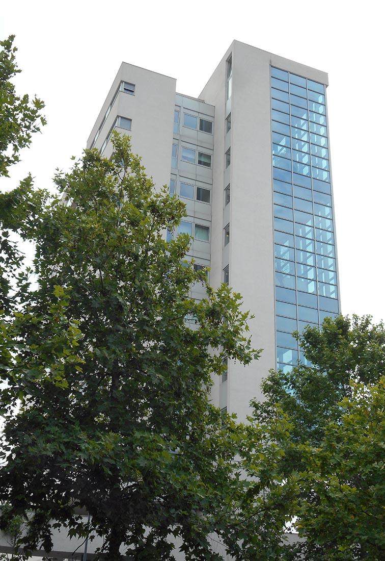 Residenze universitarie Bocconi in viale Isonzo a Milano - Vista