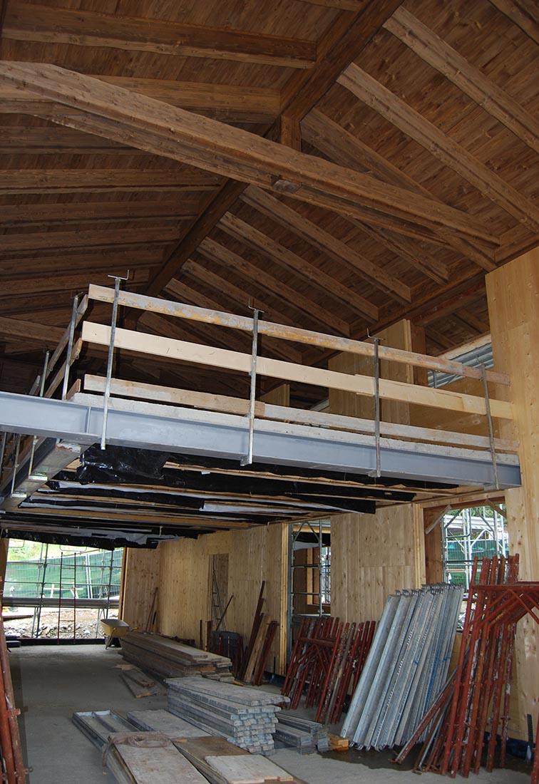 Edificio residenziale a Cervinia - Struttura mista in acciaio e legno