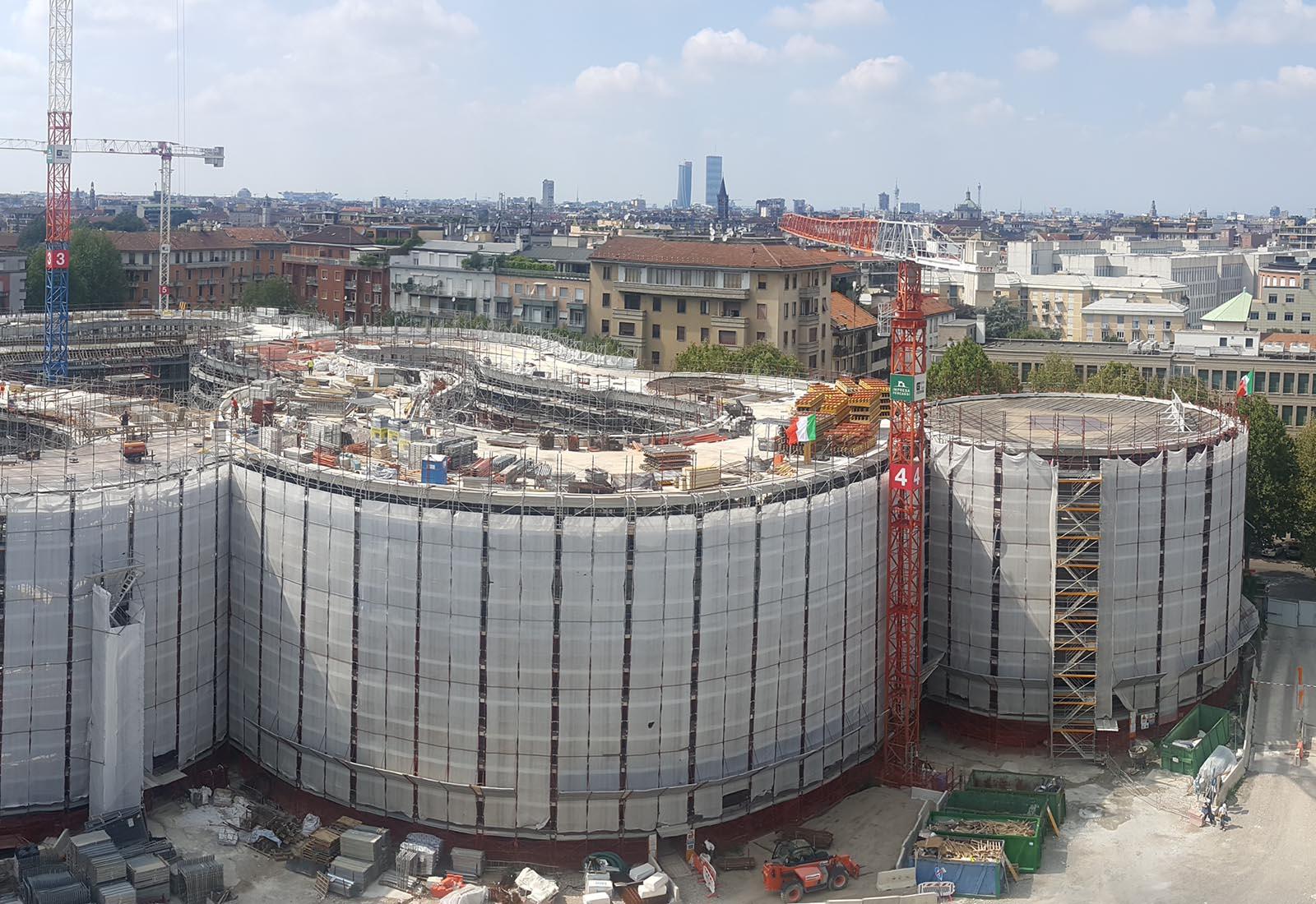 Edifici del campus Bocconi in via Castiglioni a Milano - Vista degli edifici Executive e POD
