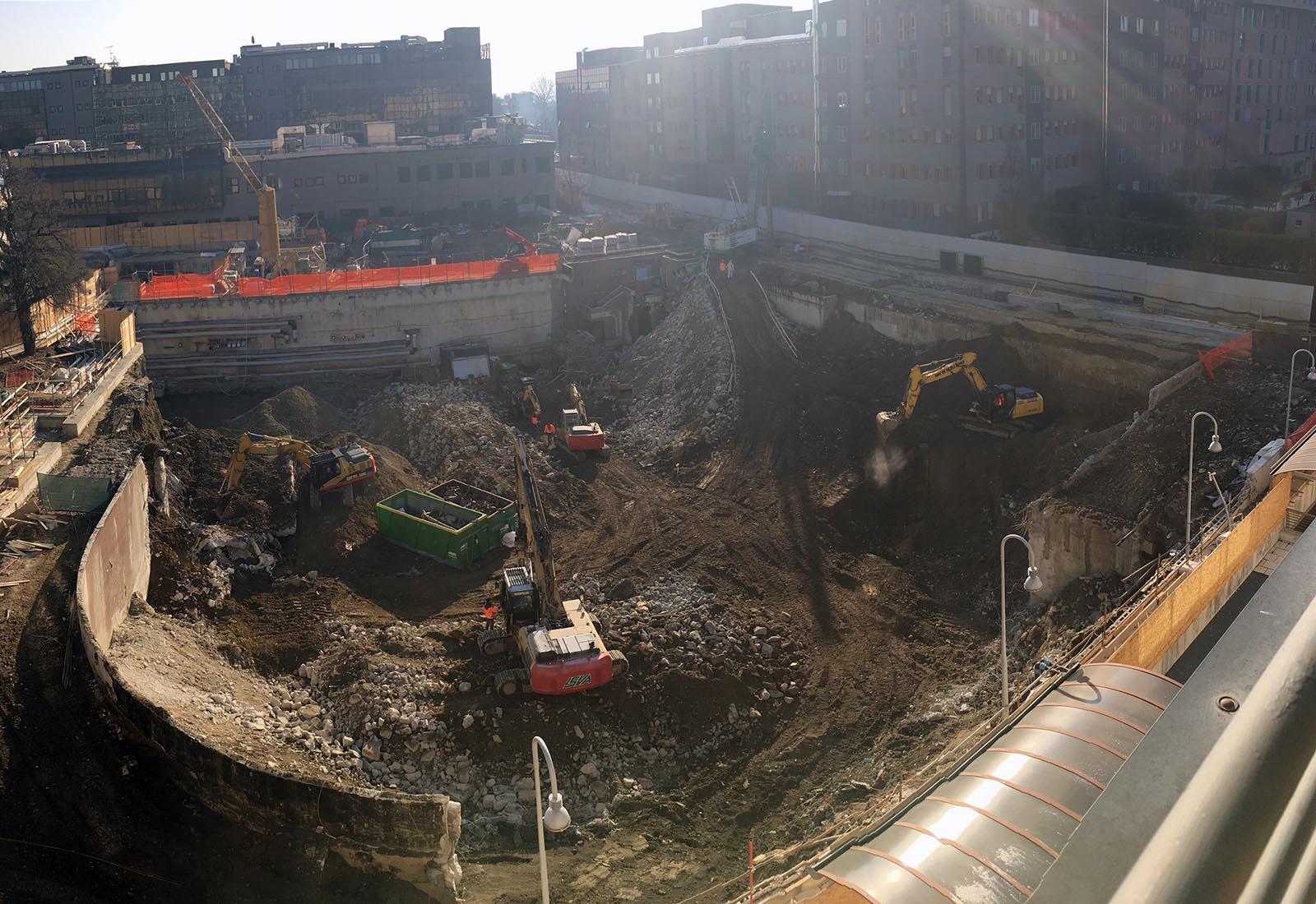 Ampliamento Ospedale San Raffaele a Milano - Demolizioni e scavi