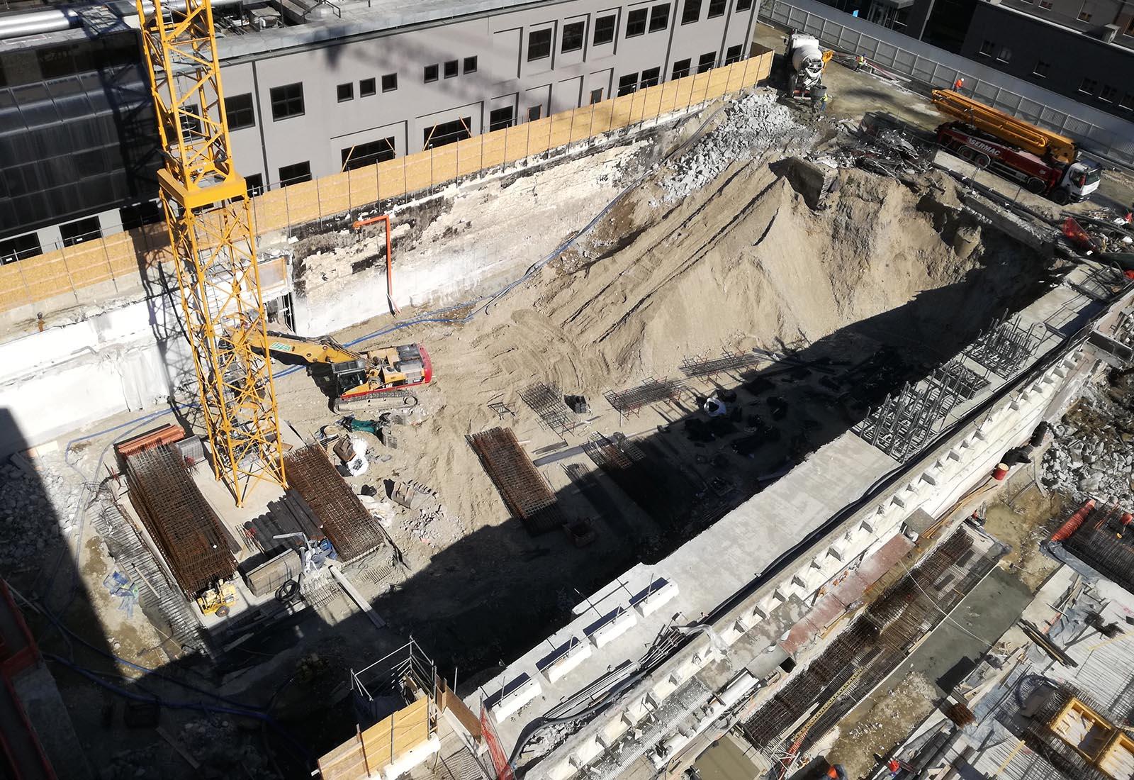 Ampliamento Ospedale San Raffaele a Milano - Il lato orientale del cantiere
