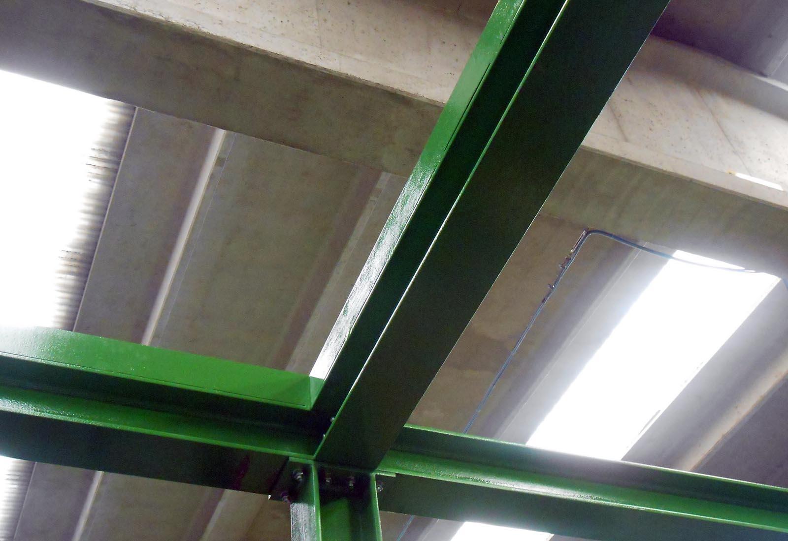 Soppalco industriale a Nerviano - Dettaglio